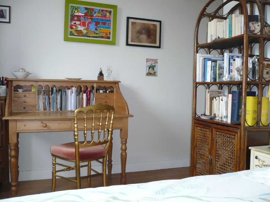 vue mer en plein centre de brest lumineux appartements louer brest bretagne france. Black Bedroom Furniture Sets. Home Design Ideas