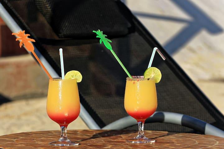 cocktail sur la plage de la Résidence