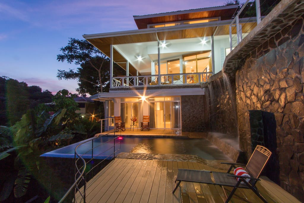 Casa papillon pool 4 bedrooms case in affitto a manuel for Case affitto costa rica