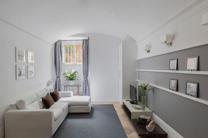 Elegant guest house close to Metro - ローマ - アパート