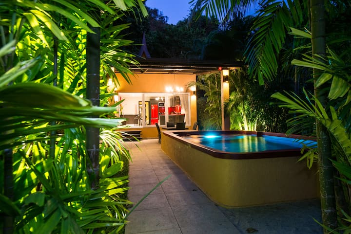 Red Sunset Private Pool Villa - Hotel Managed