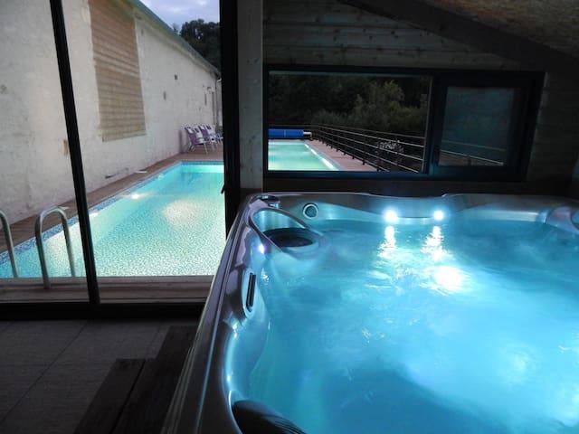 Maison Appt Loft 7 pers Piscine chauffée Spa 37° - Saint-Martin-de-Saint-Maixent - Loteng Studio