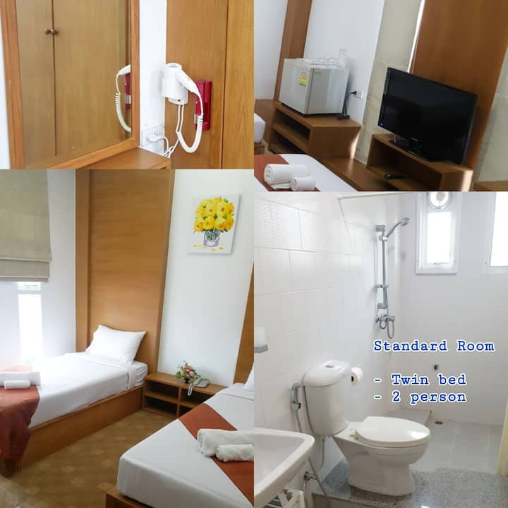 Standard room / 2 bed / BF+100 THB.