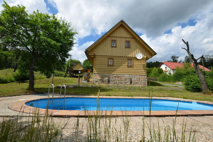 Quaint Holiday Home in Velké Hamry with Heated Pool