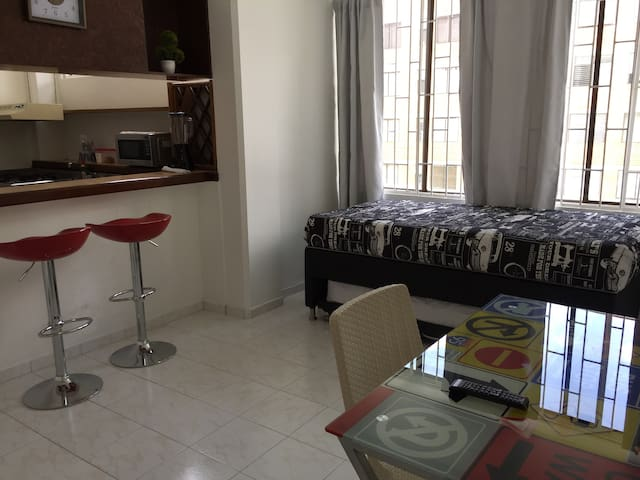 El Poblado, Beautiful Apartment, Quiet and Safe