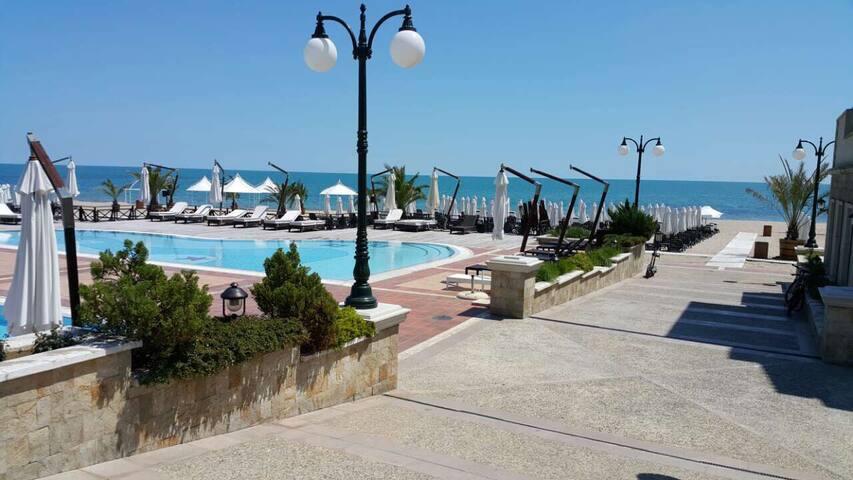 Oasis Resort&Spa