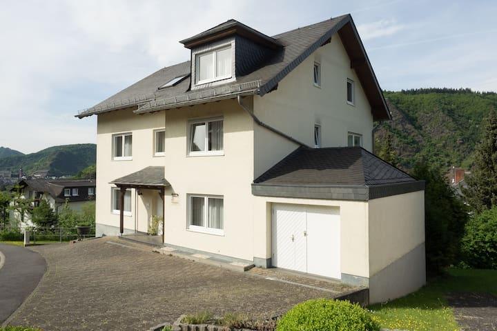 Gemütliche Wohnung mit tollem Blick - Cochem - Apartament