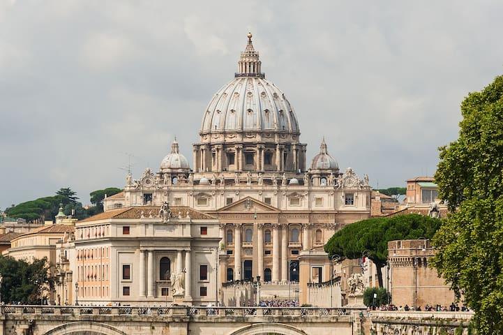 """Your Home At Borgo Pio"" , San Pietro, Roma"