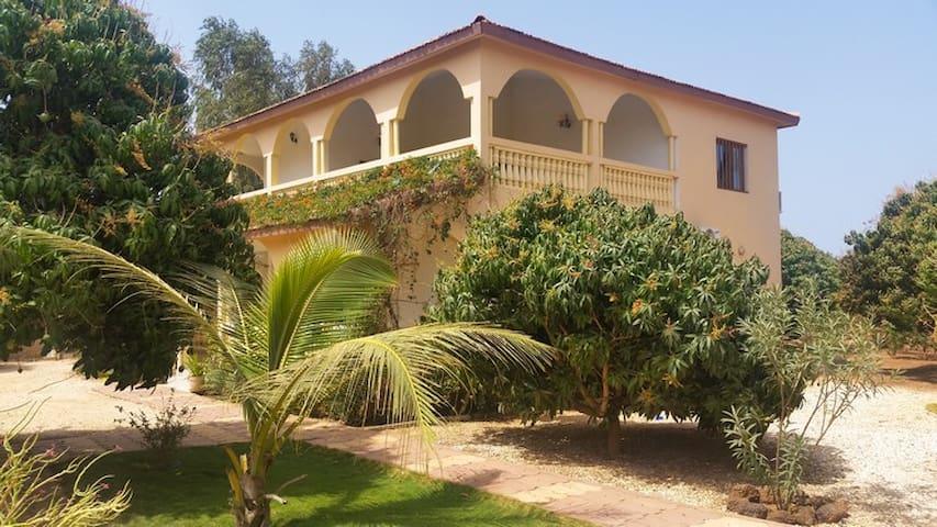 Charmante villa - cadre idyllique - Ngaparou - Villa