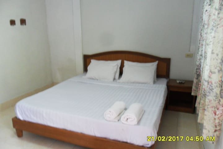 AONANG SR BUNGALOW /(A/C room)/KING SIZE BED (#2)