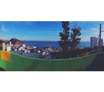 Room in the favela! 10 min beach