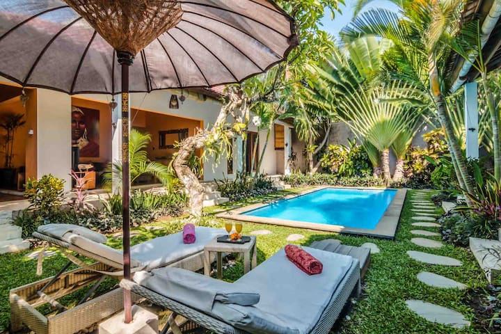 Tropical 3BR Villa Double Six Beach - Seminyak - Villa
