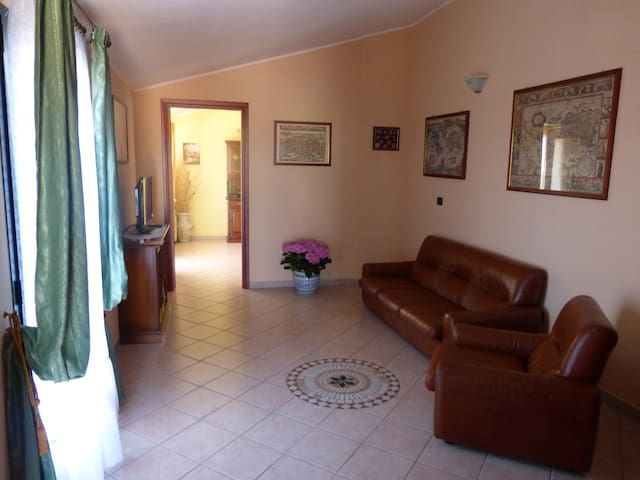 Comfortable apt for 2/3 people - Capoterra - Flat