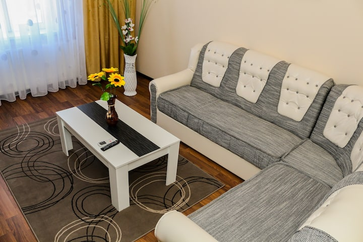 Apartment MOON - 1 bedroom, 2 min walk to beach