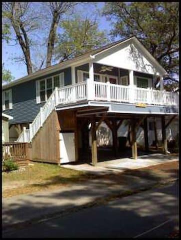 Ocean Lakes - House