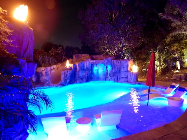 Cabo Oasis in the Heart of Las Vegas!