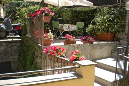 """""""La Perla di Rio""""Elegante Appartamento Wi-Fi free - Riomaggiore - Apartment"""