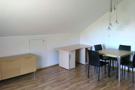 Shared Apartment in Longyearbyen - Longyearbyen - Apartment