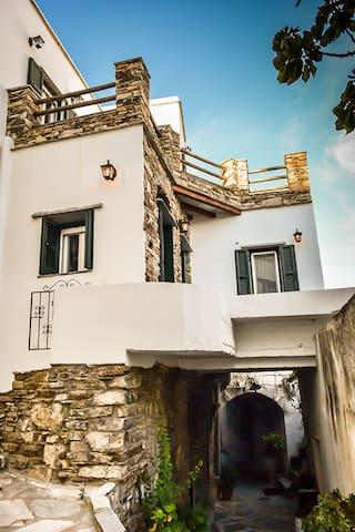Villa Mon - Φαλατάδος - House