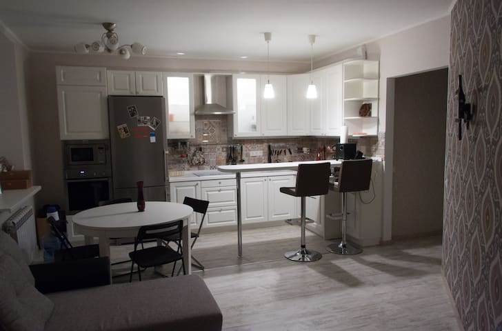 Spacious modern apartment in Reutov - Reutov - Apartament