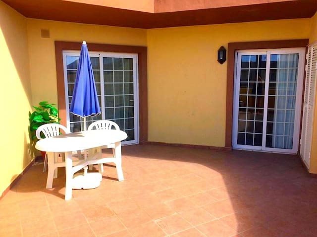 Cozy apartment in south of Tenerife (Tenerife Sur) - Adeje - Apartment