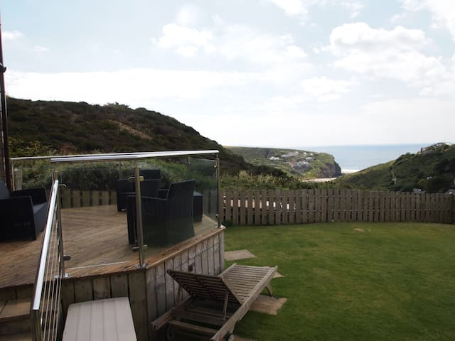 Holiday home, Sea views, Cornwall - Porthtowan - Casa