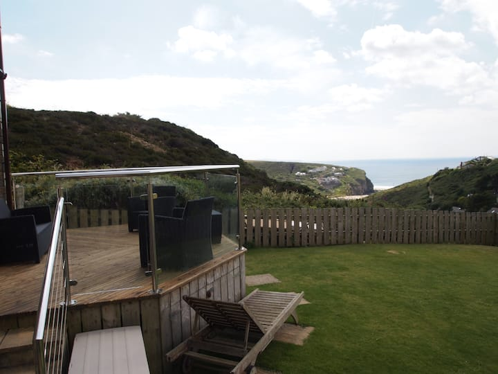 Holiday home, Sea views, Cornwall