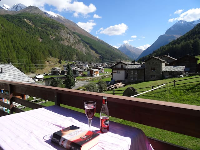 Holidays with a view - Saas-Grund - Apartment