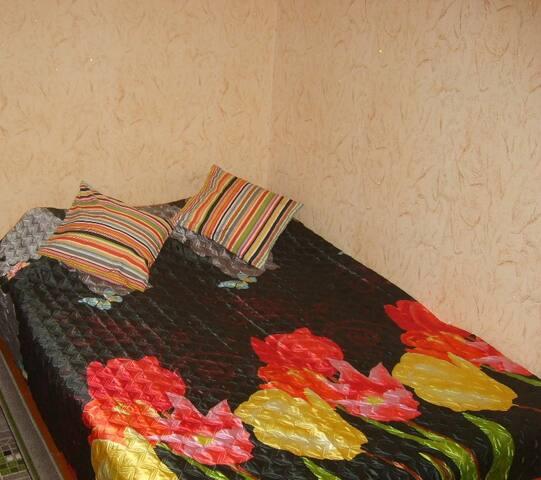 Недорогая двушка на сутки около воинской части - Dzerzhinsk - Appartamento