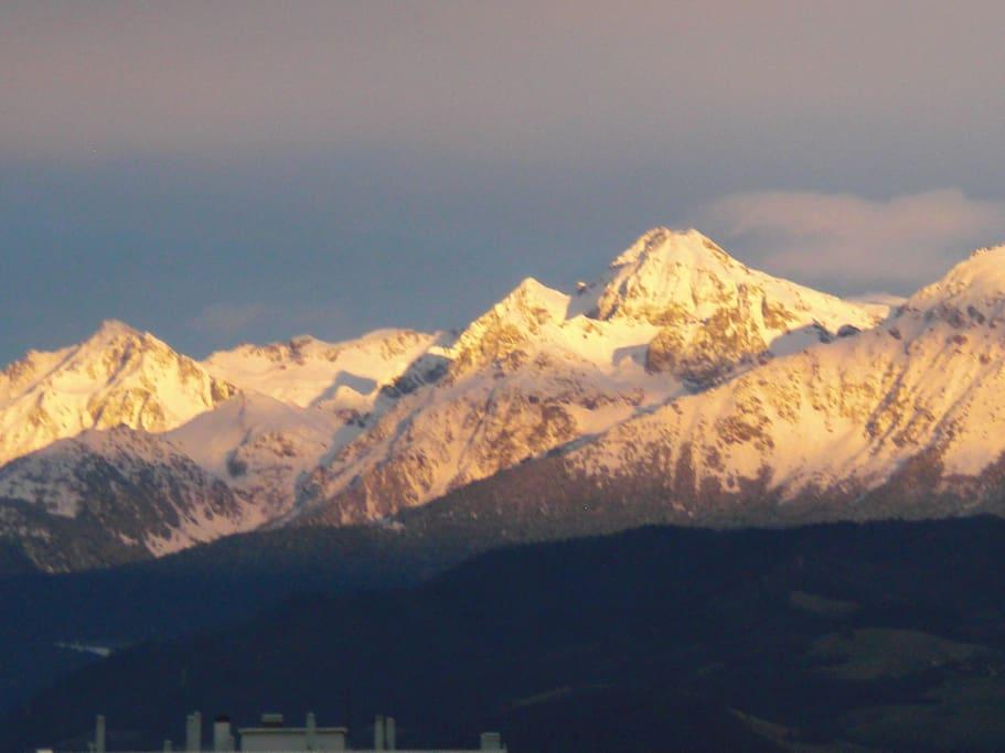 Vue sur montagnes...