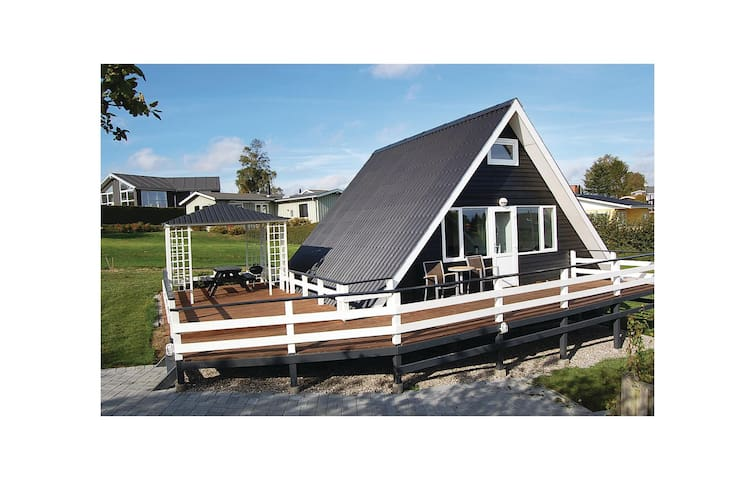 Holiday cottage with 3 bedrooms on 50 m² in Hejls