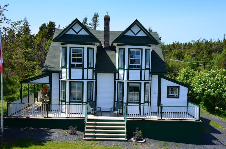 Ocean Front Pelley House Heritage Home