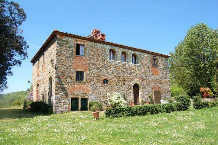 Gorgeous XVII century stone built house with lawn - Badia Agnano - Maison