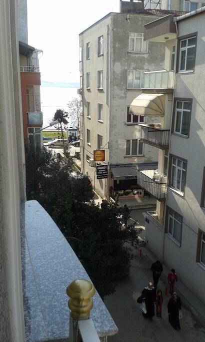 General street view from balcony / Balkondan genel sokak görünümü