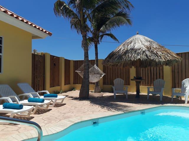Vakantiehuis Bon Bini, 10 min. rijden van strand.