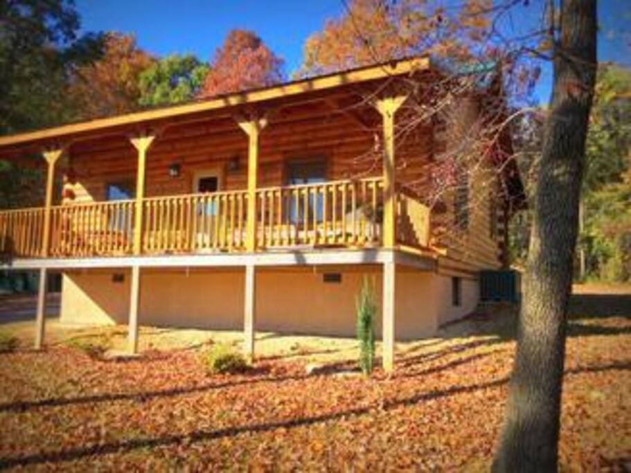 misty modern exterior mountain walls tennessee and home is a of tn glass handcrafted log kinds are at work best against blue this getaway contradictions in cabins for sevierville juxtaposed prepped dr blog the sale