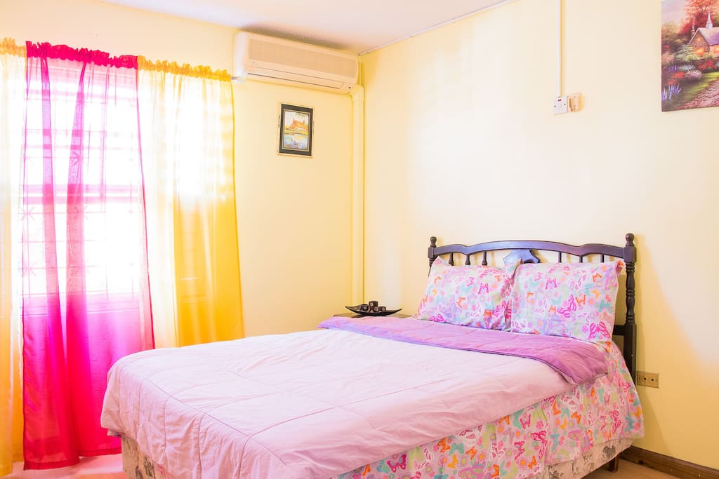 Bright, spacious room with double bed. AC at additional cost