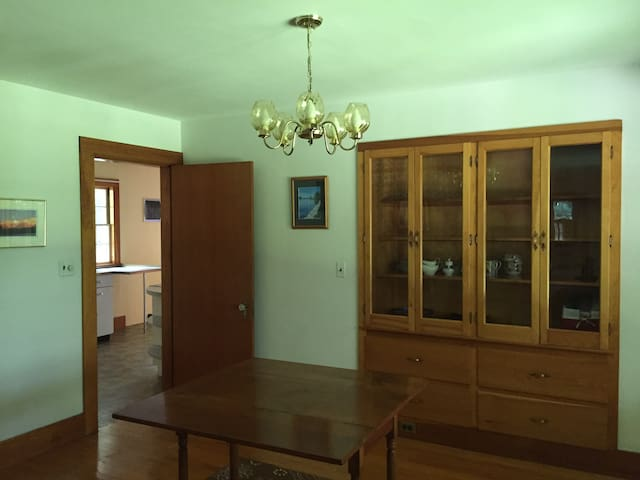 4 Bedroom family house in North Conway Village!