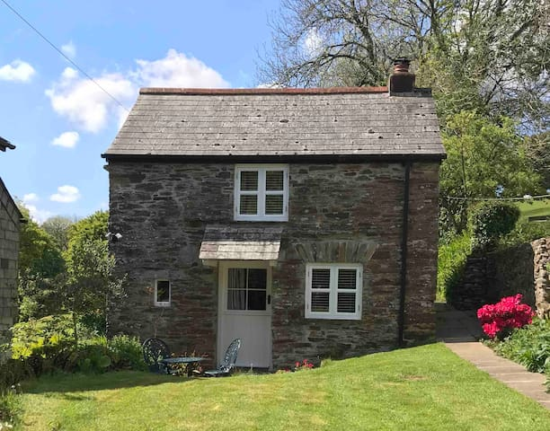 Stone cottage in rural Cornwall