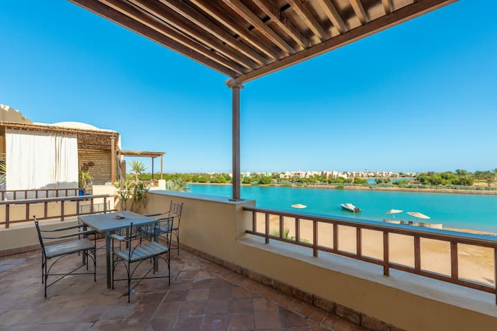 Beach View Classy 1BR Apartment in West Golf Gouna