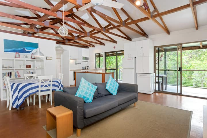 Tranquil stay in Peregian Beach with Private Patio