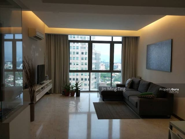 Twins @ Damansara Heights Only Master-room