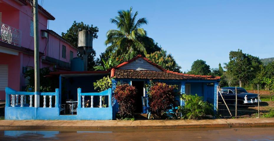 CASAS LAS TIAS (EL PAPA.)VIÑALES - Vinales - Dom