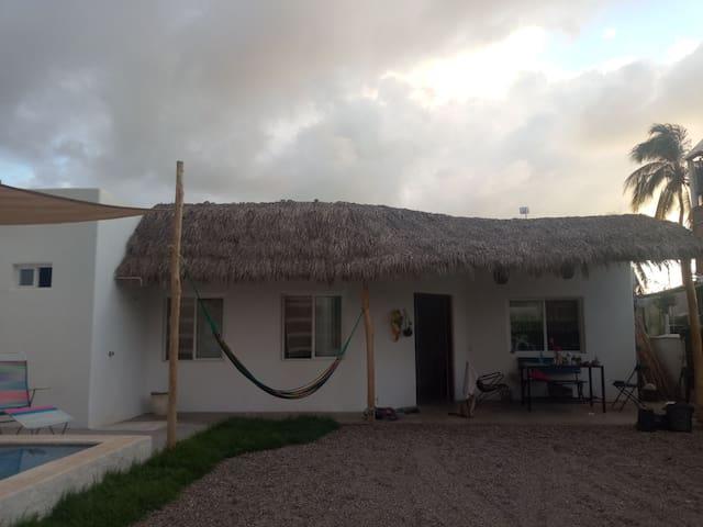 Casa hikuri, tranquilidad a unos pasos de la playa