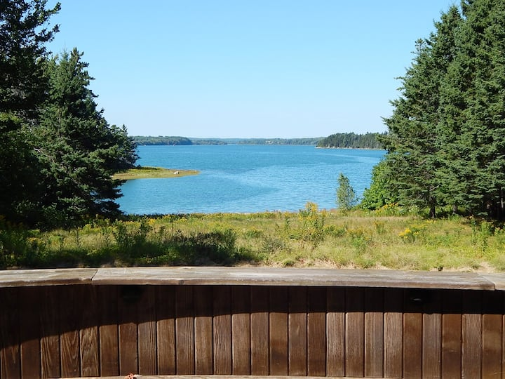 Oceanfront Privacy on 5 acres minutes to Acadia