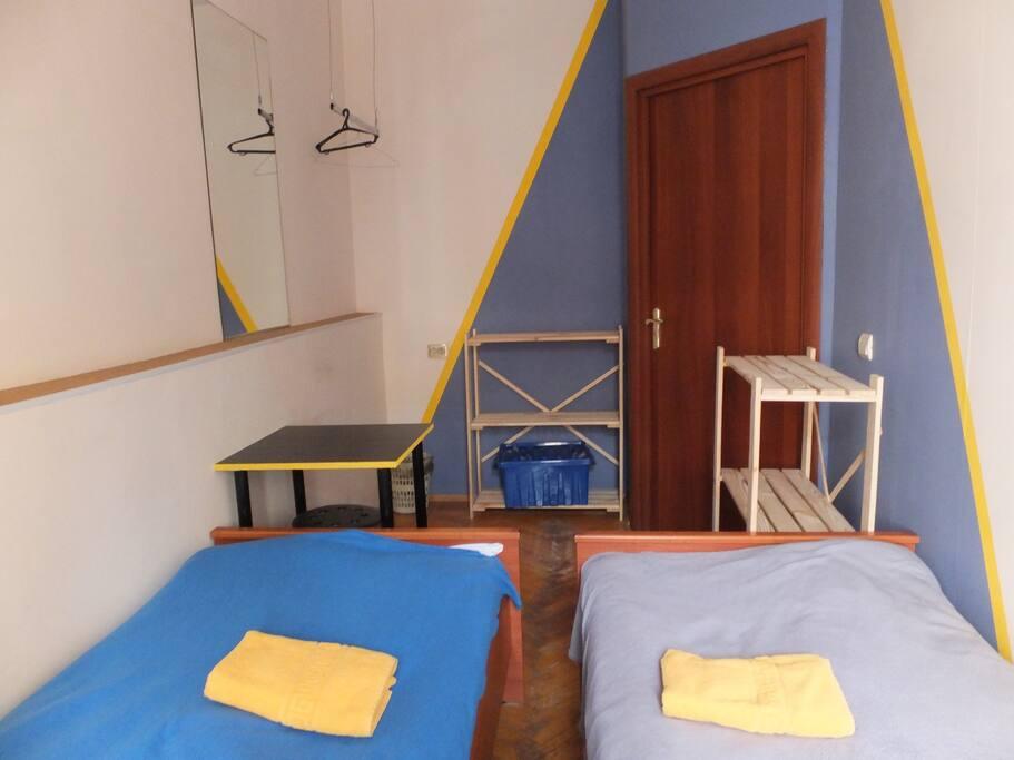 Twin room 1