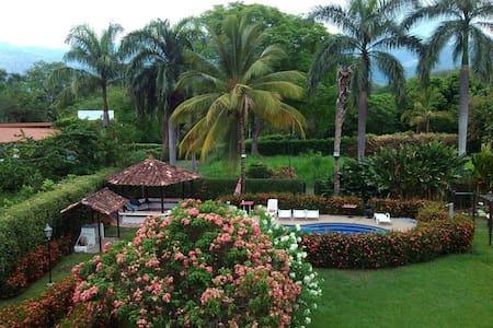 SANTA FE DE ANTIOQUIA - Santa Fé de Antioquia - Rumah tumpangan alam semula jadi