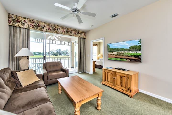 3 Bedroom Condo with Golf Views, Resort Style Pool