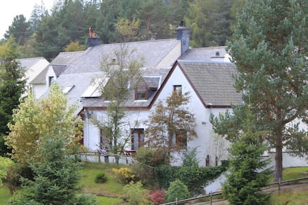 Highland Studio Flat in Tomatin - Tomatin - Apartmen