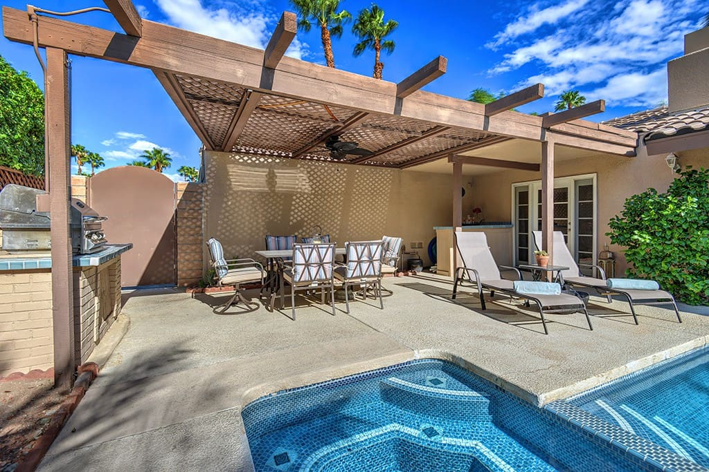 SPA TO BACK COVERED PATIO - PADUA PARADISE - PALM SPRINGS VACATION RENTAL POOL HOME